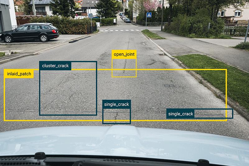 KI_Schadenserkennung_Straße